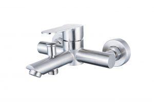 Смеситель для ванны с коротким изливом монолитный D34-330131S