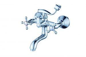 Смеситель для ванной с коротким изливом монолитный D80-330354