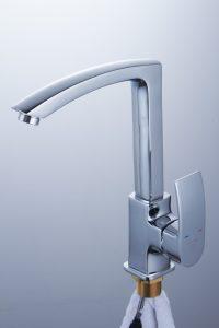 Смеситель для кухни с высоким изливом D80-443103