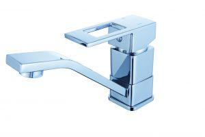 Смеситель для кухни с коротким изливом D80-448104